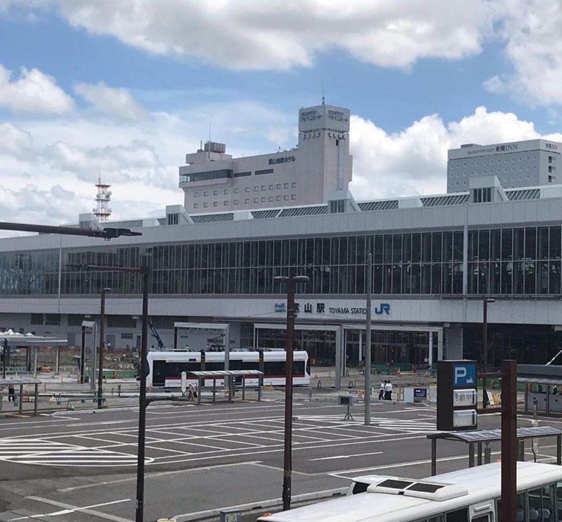 富山駅北のキューズカフェ Q'zCAFE