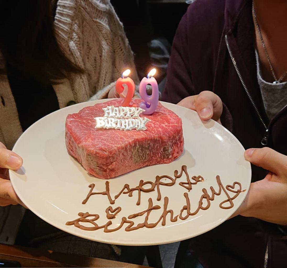 肉山富山の赤身肉でお誕生日