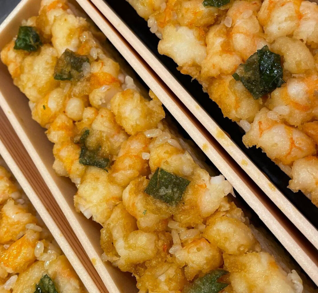 日本橋天丼金子半之助小矢部の海老天押し寿司